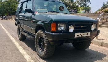 Modified 1993 Land Rover Discovery