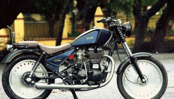 Schon Modified Old Bullet Royal Enfield Thunderbird
