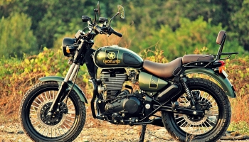 Leonardo Modified Royal Enfield Thunderbird